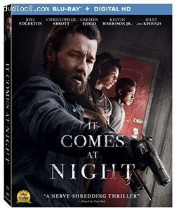It Comes At Night [Blu-ray + Digital HD] Cover